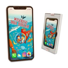 Czekoladowy Iphone XS z życzeniami na Dzień Dziecka