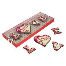Literki LOVE z wyznaniem na Walentynki
